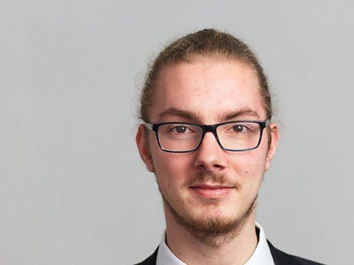 Steffen Schulte (D) | Bass